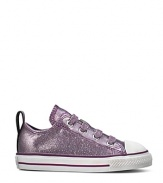 Converse' signature lo-top style, updated with a sparkled canvas upper and easy-on stretch laces.
