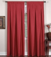 The Imperial window panel gives your room a stately appeal with its silk-like sheen, fabric-covered buttons and inverted pleats. Fully lined.
