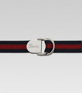 A fashionable belt with signature web detail and leather trim for your little one.D-ring buckle with engraved Gucci scriptPaladium hardware1 wideSignature web fabric and leatherMade in Italy