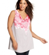 A refreshing floral print illuminates INC's sleeveless plus size top for a season-perfect look.