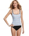 Perfect for seafaring fun in the sun, the rope print adds a nautical flair to this flattering Nautica tankini!